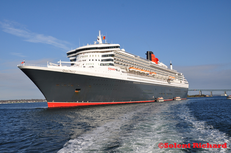 Queen Mary 2 at Newport Rhode Island