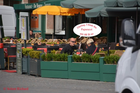 Paparazzi Speech bubble in Bruges