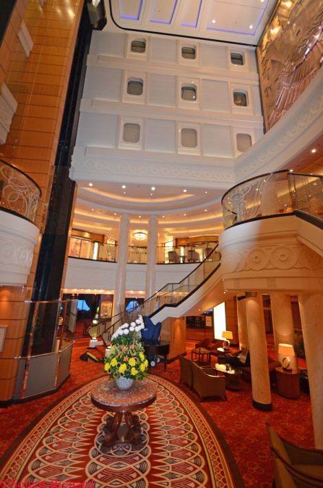 Atrium with Inside view staterooms1